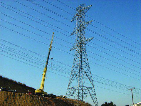 TehachapiTransmissionTower480x360